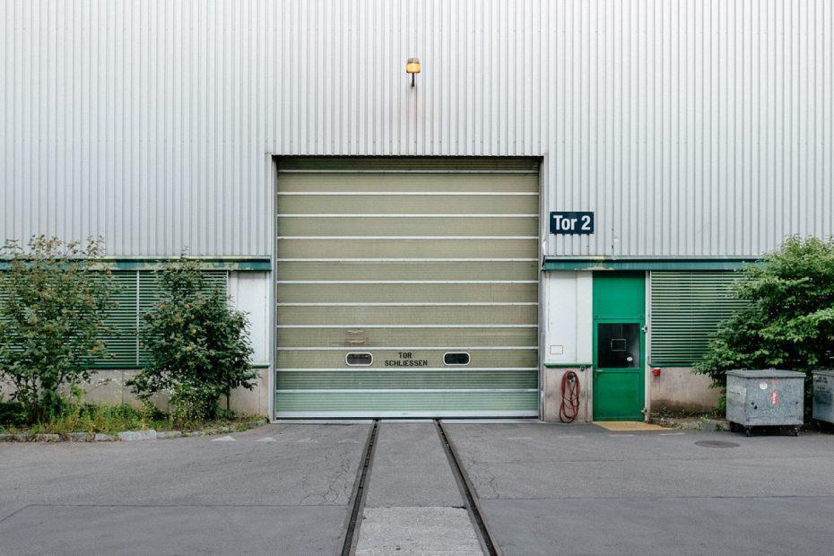 Quel matériau choisir pour sa porte de garage ?