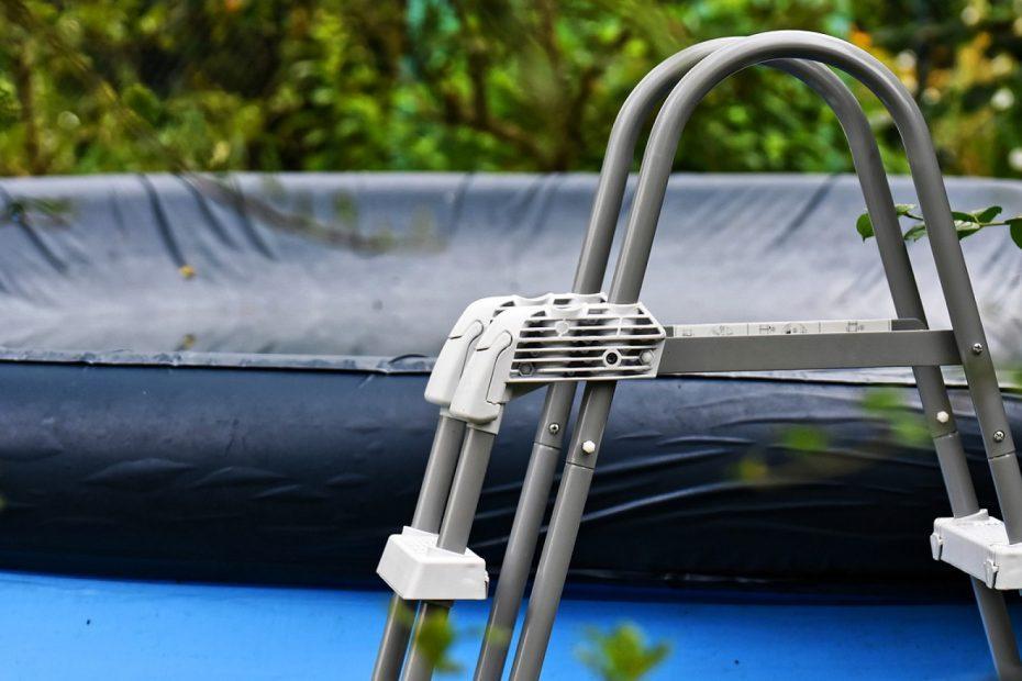 Comment bien protéger sa piscine pendant l'hiver ?