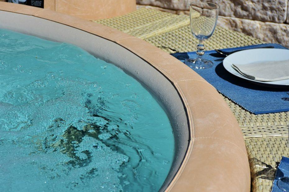 Le top 4 des avantages d'un spa jacuzzi de 3 places !